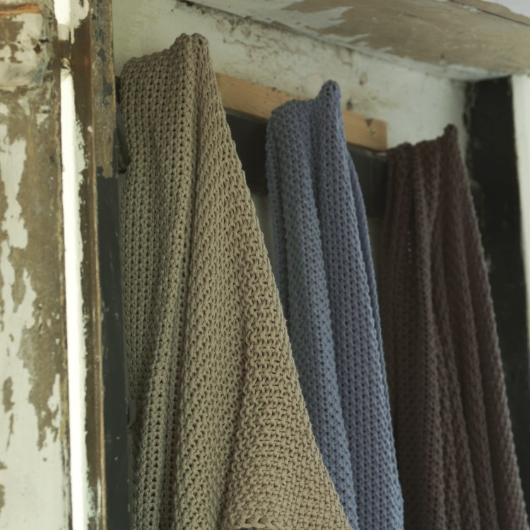 moss_stitch_throws_a_23131.jpg