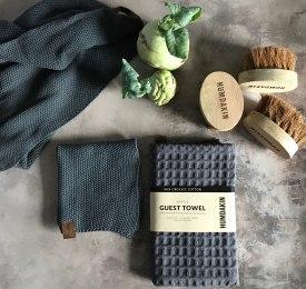 organic_tea_towels_sku133_5713391001048__knitted_tea_towels_sku121_571339100928_knitted_dish_cloth_sku142_5713391001130__guest_waffel_towels_sku127_5713391000980_.jpg