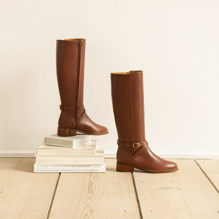 1knee-boots-cognac-l-independante.jpg