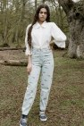 lf-markey-begonia-jeans-thumb.jpg