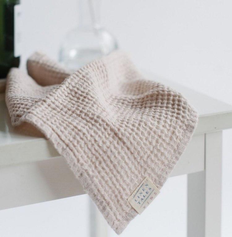 beige_linen_waffle_towel.jpg
