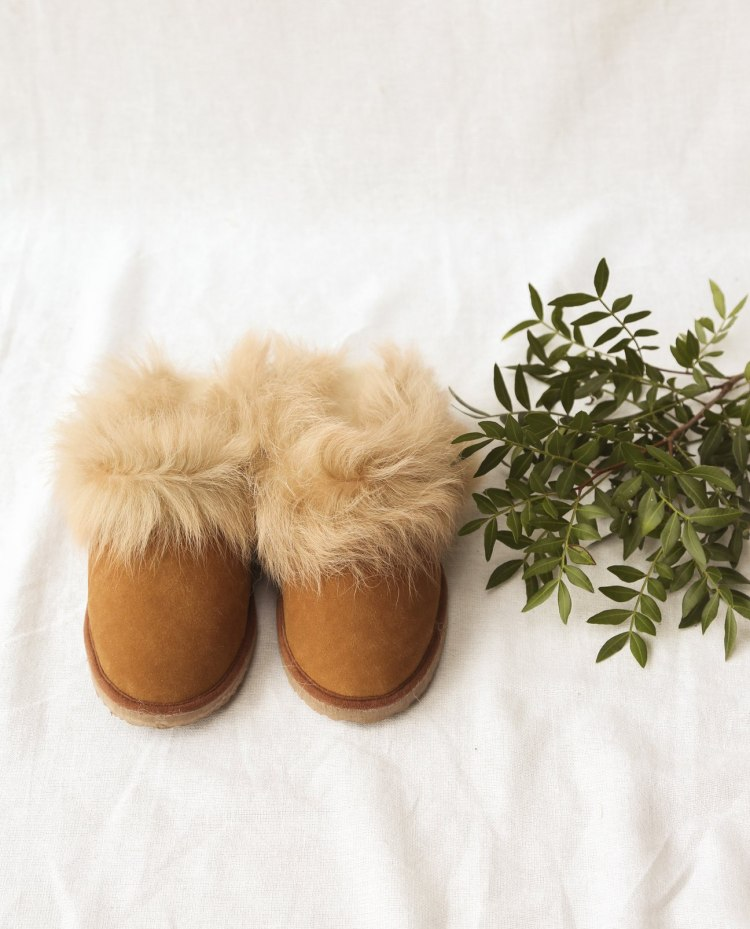 ruby-beaumont-organic-slippers-tan1_1296x.jpg
