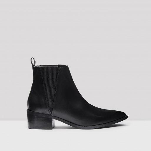 ula-black-boots.jpg