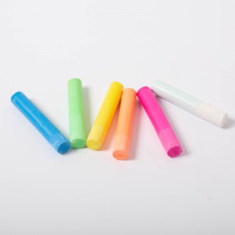 kitpas-6-coloured-chalk-2218.jpg