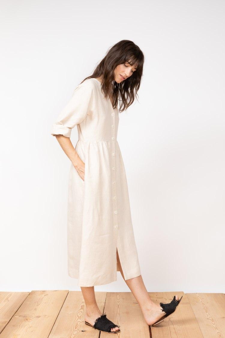 jf_ss20_lookbook_72dpi_tierra_dress_beige_03.jpg