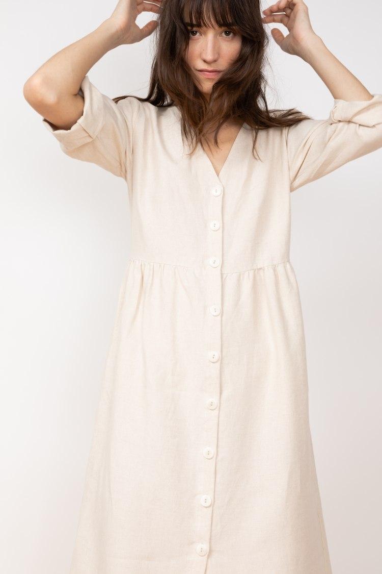 jf_ss20_lookbook_72dpi_tierra_dress_beige_06.jpg
